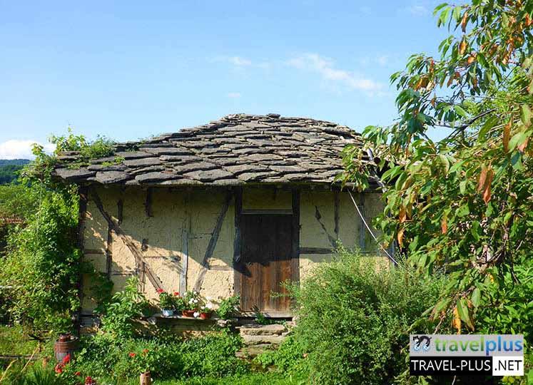 Боженци - най-романтичното село в България