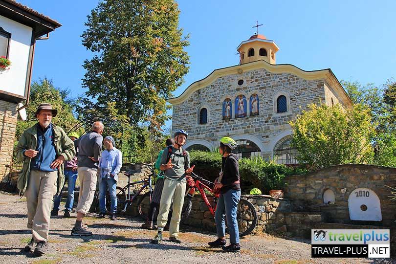 Красива църква по маршрута